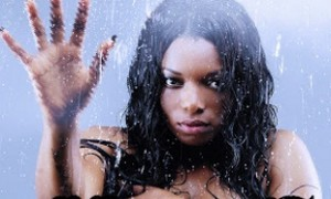 Halle – Dotty Shower (Official Video)