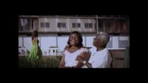 Okyeame Kwame – Woara featuring Raquel (Official Video)