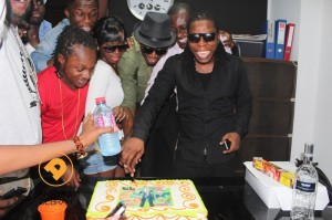 [Photos] Efya, Raquel, D-Black, Edem and others surprise EL on his birthday