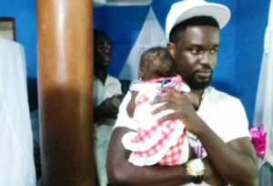 Sarkodie marks birthday with the children of Royal Seed Orphanage