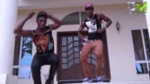 Alkayida and Azonto Dance by DoughMoney Boyz