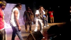 Shatta Wale performs Linda by Samini live on Ghana meets UK Dancehall Clash stage