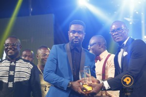 [Photos] Edem tops 2014 4syte TV Music Video Awards as Sarkodie wins Most Influential Artist Award