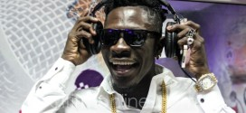 Shatta Wale blasts Ghanaian artists, Stop borrowing cars to shows