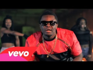 Squadee – Bizzy Body (Official Video)