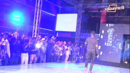 VIDEO: Flowking Stone brings out Kunta Kinte on stage at the Bar Concert 2015