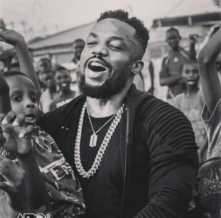 "Omar Sterling endorses Shatta Wale as ""Artist of the Year"""