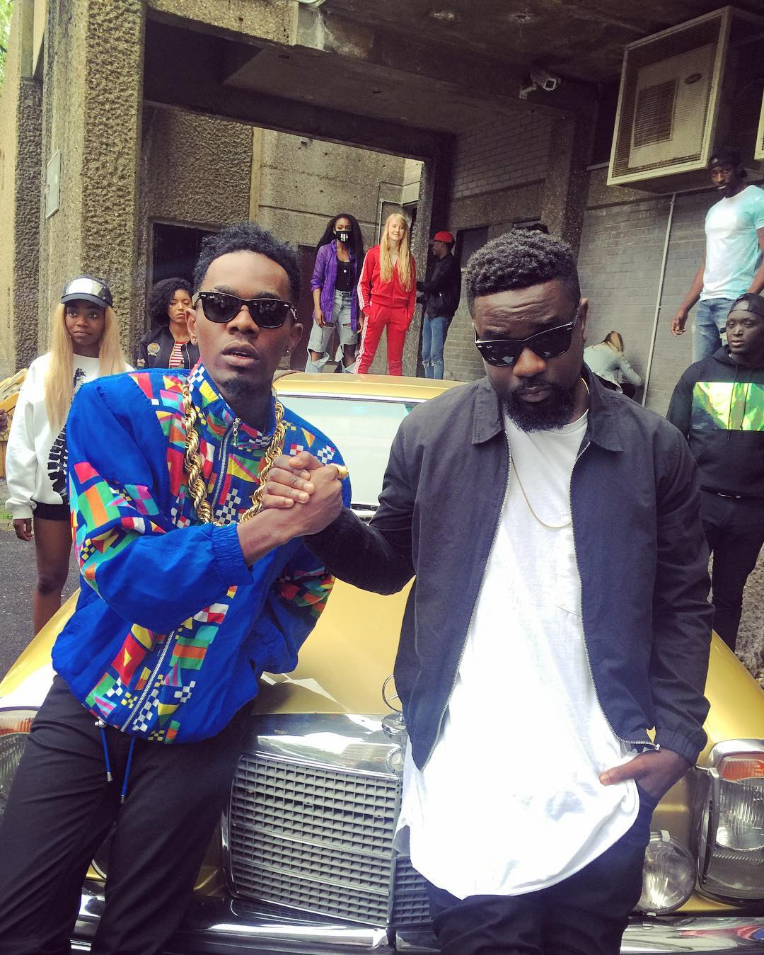 No Kissing Baby Ft Sarkodie (Official Video