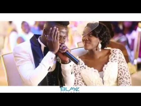 VIDEO: Stonebwoy sings for his wife, Louisa at wedding reception