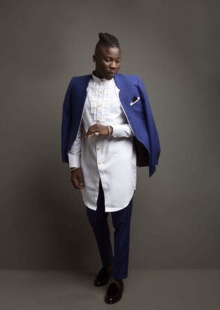 Stonebwoy signs record deal with Zylofon Media