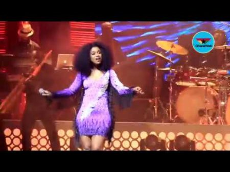 VIDEO: Becca delivers 10 Years of Music in one night at Becca UNVEILED